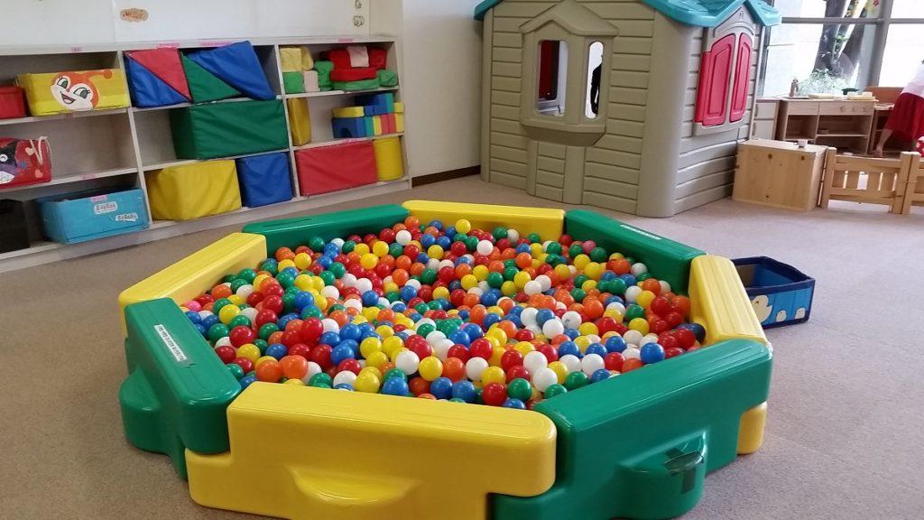 わかくさ児童館 ボールプール
