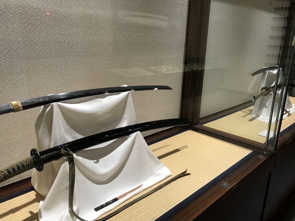 関鍛冶伝承館 刀の展示