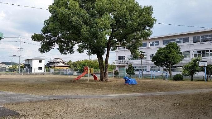 富加児童センター グランド