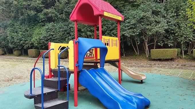 半布ケ丘公園 幼児用遊具