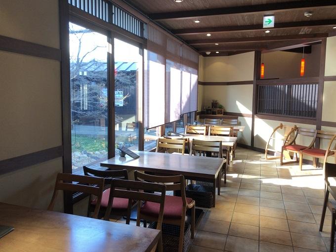 nagara tatin cafe(ナガラタタンカフェ)店内
