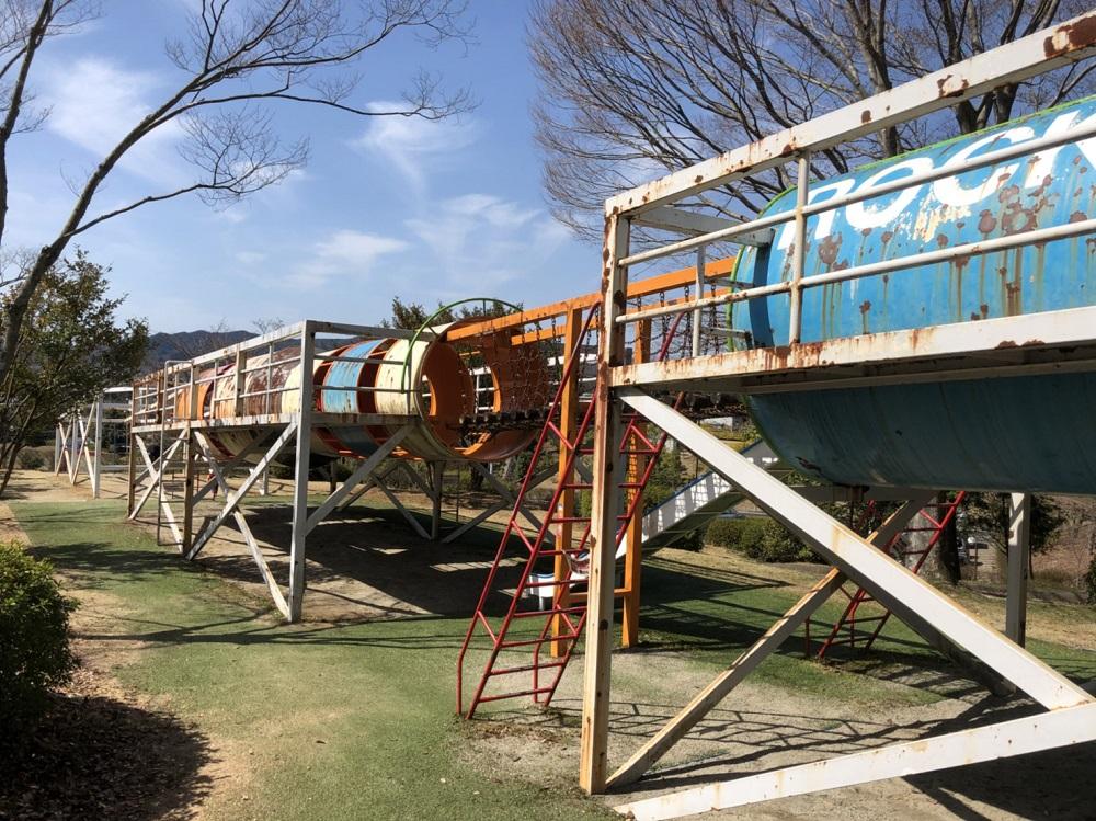 美濃加茂市前平公園 ロケット型遊具