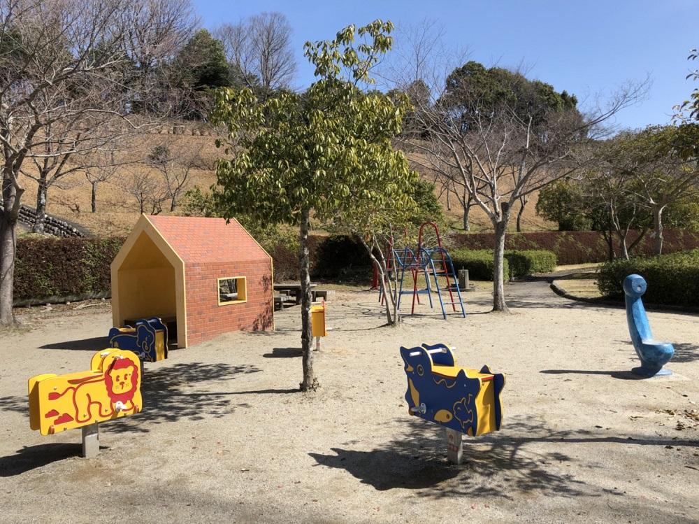 美濃加茂市前平公園 幼児用遊具