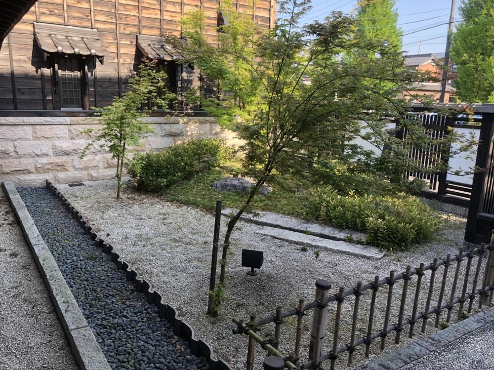 珈琲屋らんぷ 岐阜関店 庭園