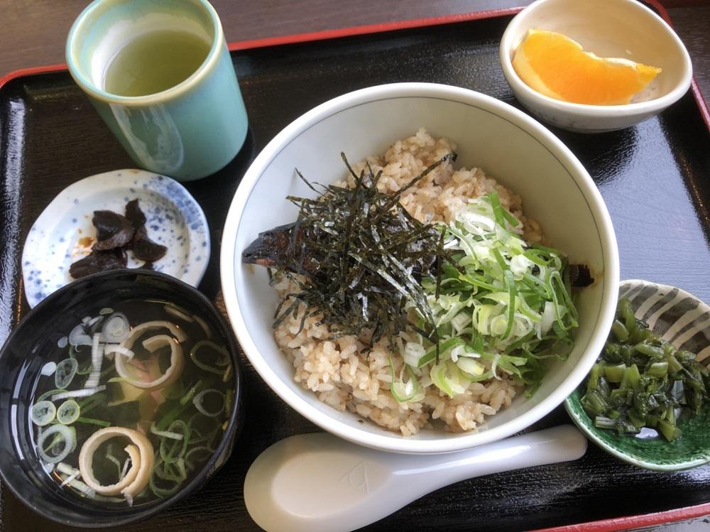 道の駅ラステンほらど レストラン 鮎丼定食