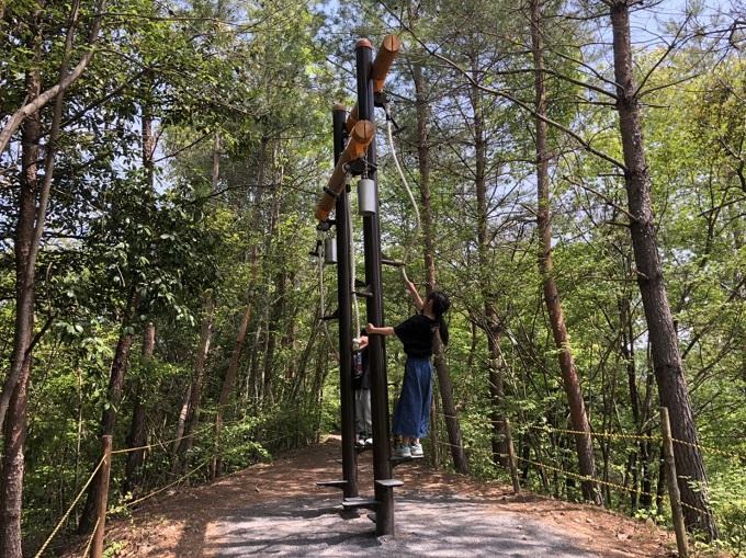 美濃加茂健康の森公園 遊具 龍安寺の鐘たたき