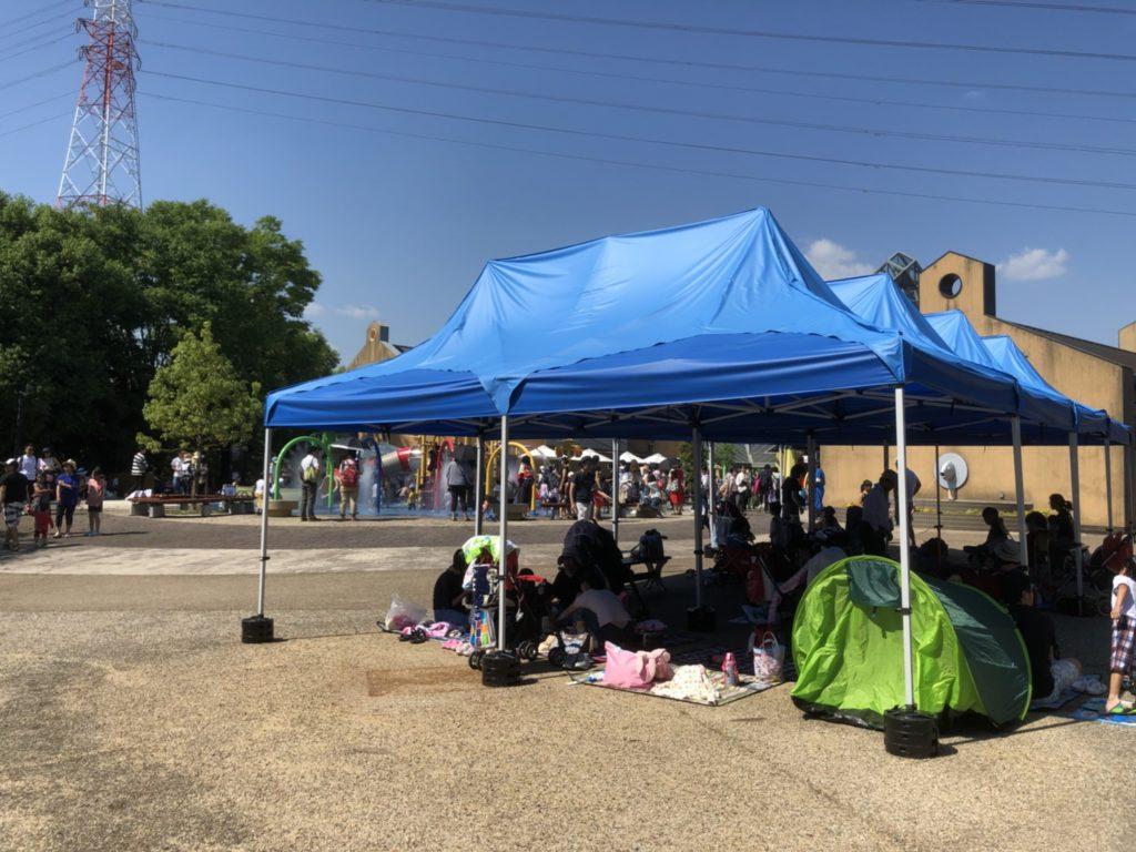 オアシスパークで水遊び わんぱくフィールド テント
