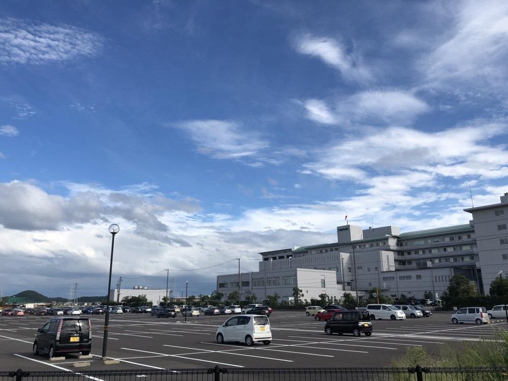 刃物まつり駐車場の中濃厚生病院北側駐車場