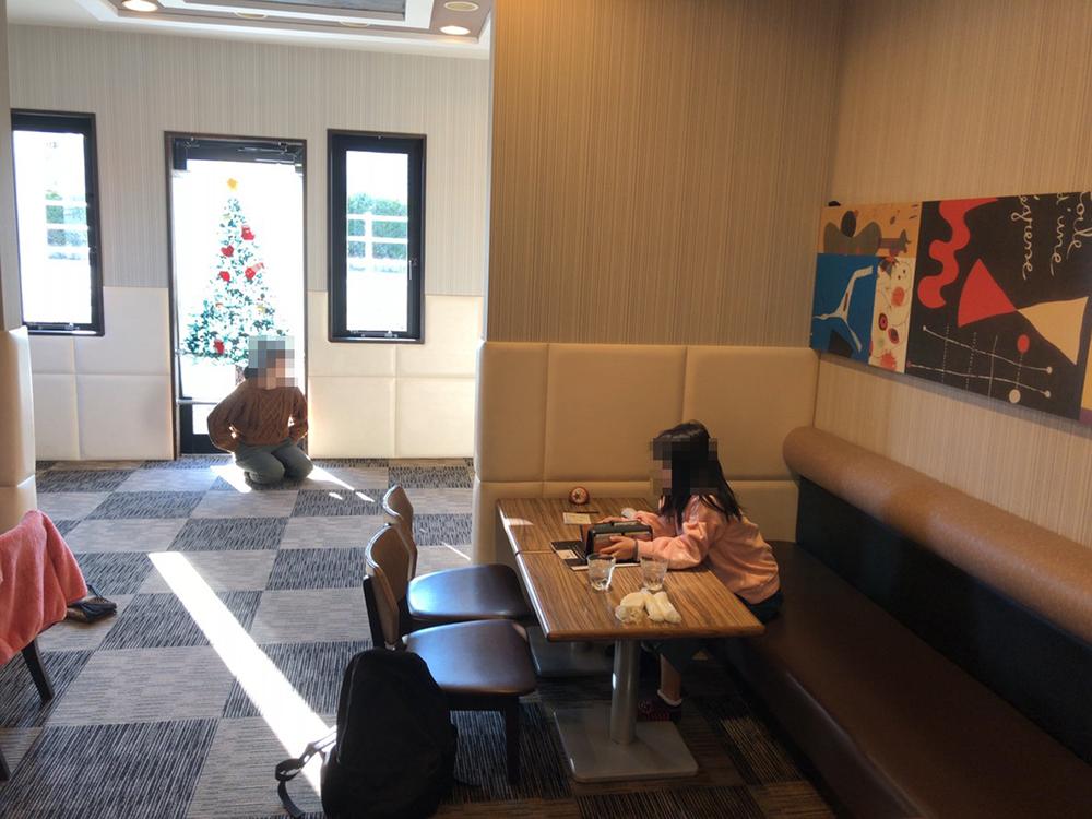 豆屋珈琲 キッズルームの席