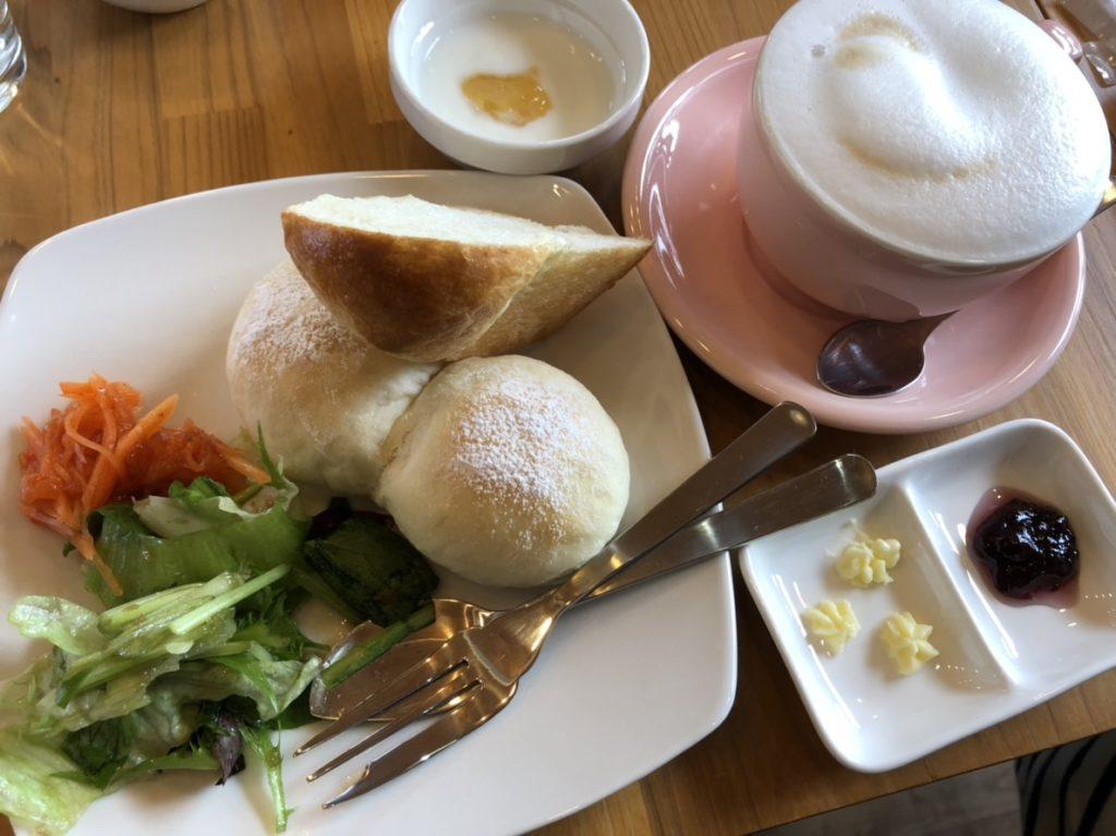 B's Cafe(ビーズ カフェ)のモーニングパンセット