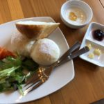 B's Cafe(ビーズ カフェ)の自家製パンモーニング