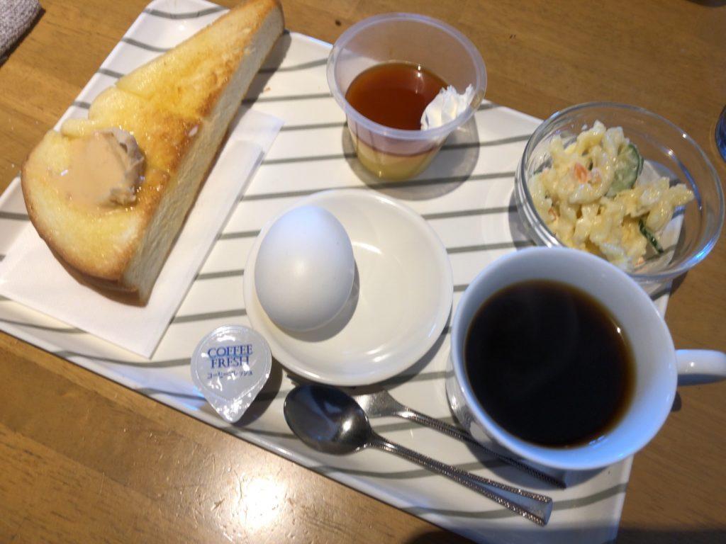 ジグザクのトーストモーニング