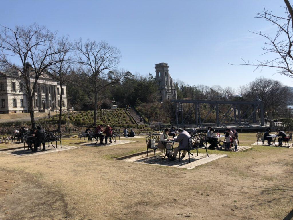 明治村 帝国ホテル前の芝生広場