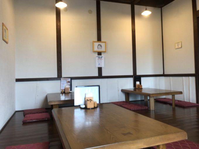 カフェ小町の座敷席