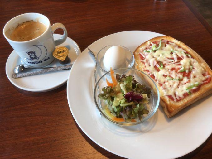 MOON-GA CAFEのピザモーニング