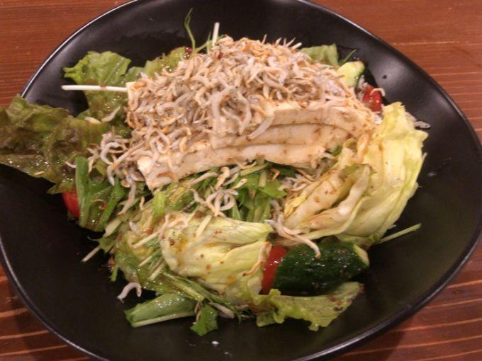 はべのカリカリじゃこと豆腐のサラダ