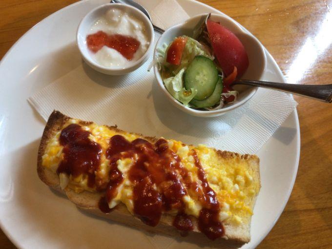 苺のエッグトースト