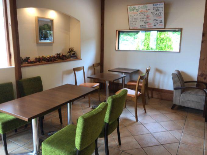 菓子畑のカフェスペース