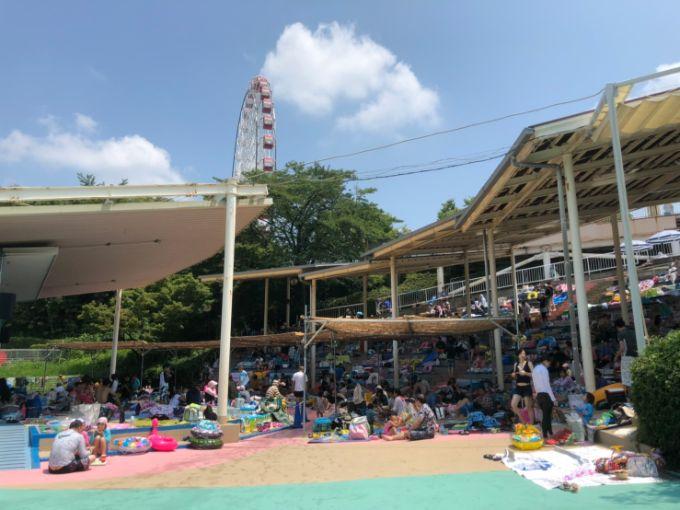 オープンステージの休憩スペース