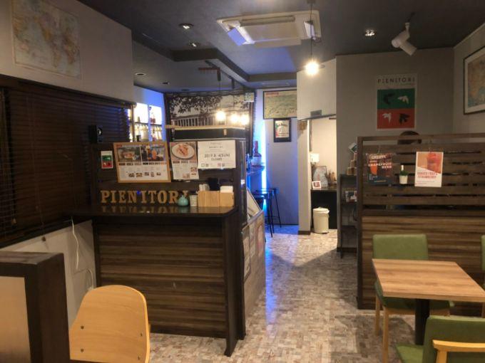 カフェ&バー PIENITORI(ピエニトリ)の店内