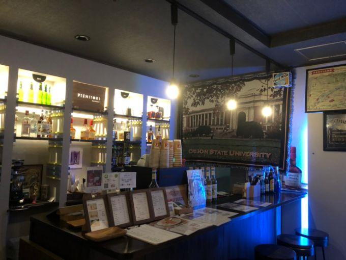 カフェ&バー PIENITORI(ピエニトリ)のバーカウンター