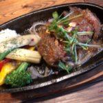 美味しい肉料理が食べれるコウシヤバル