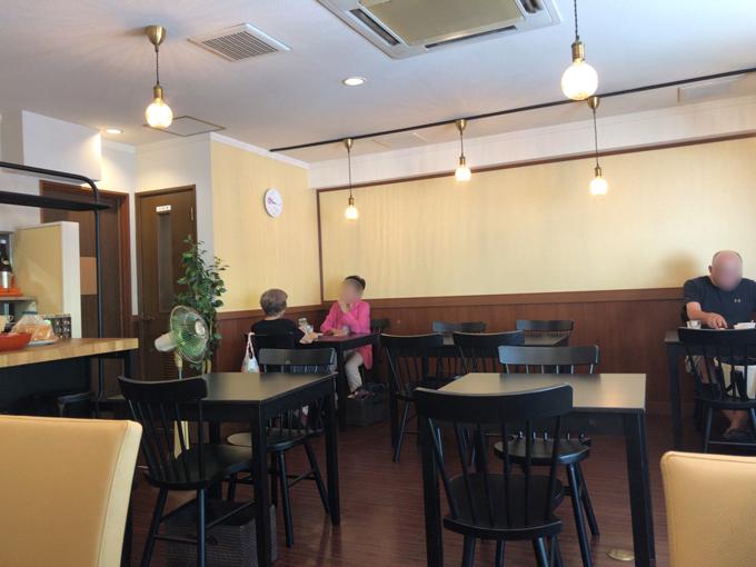 cafe ふ~とくさん。ち。の店内