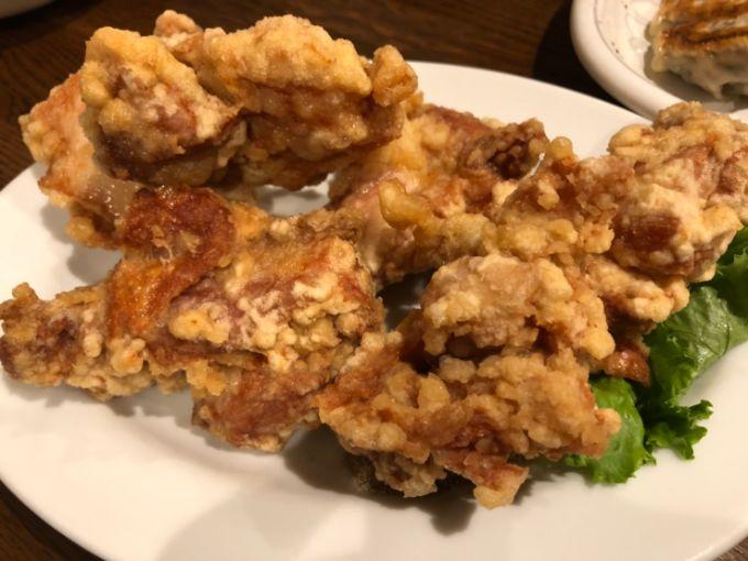 餃子飯店パンダの唐揚げ