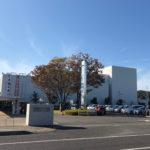 関市文化会館の駐車場
