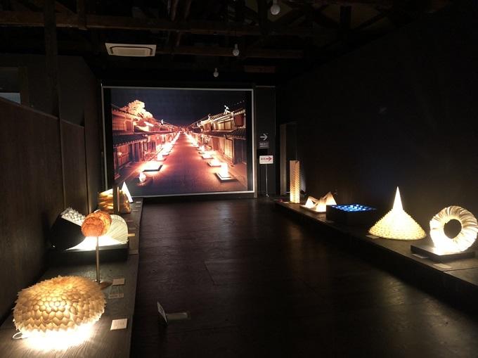 あかりアート館の展示室