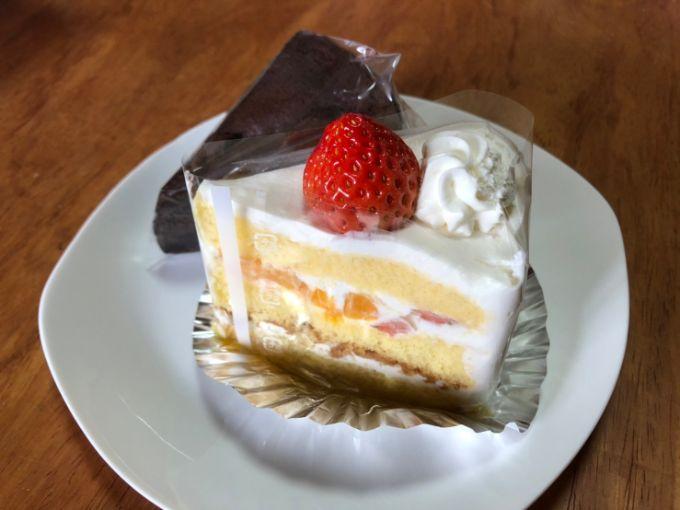 パリ・ブレスト洋菓子店のケーキ