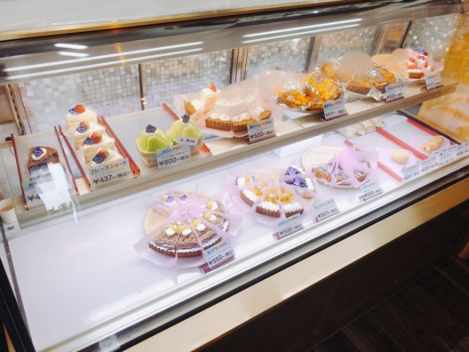 Cake&Cafe Bandeのショーケース