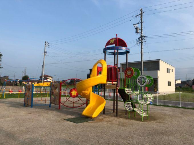 平賀第一公園の複合遊具