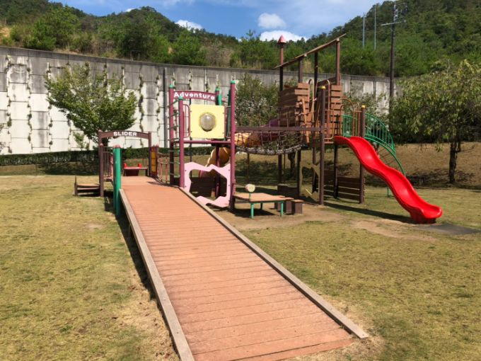 山楠公園の巨大遊具