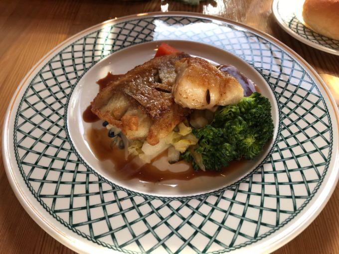 ふじいの季節魚のムニエル ポン酢ソース