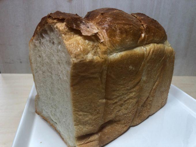 プティ モンタニュの山型食パン