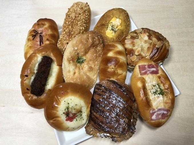 美谷の風ライブリーMのパン