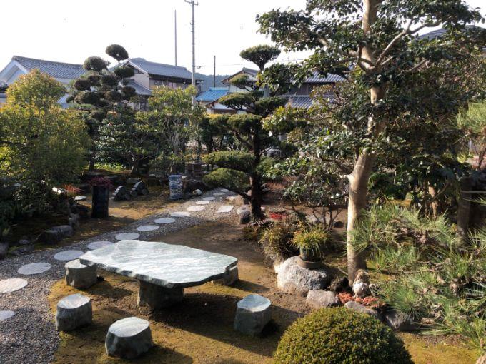 森の茶やのお庭