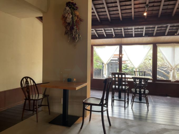 喫茶室 山脈の店内