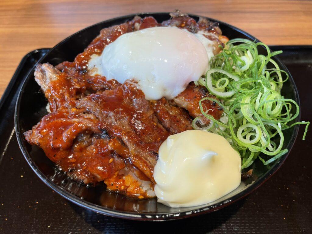韓丼の温玉カルビ丼