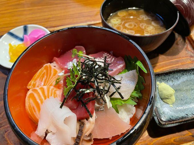 味将園の海鮮丼