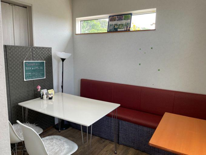 小さな隠れ家カフェ ナチュライズの奥の部屋